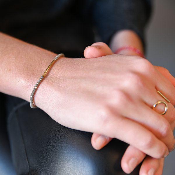 Bracelet arc gris or