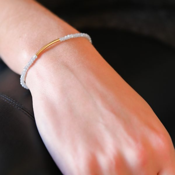 Bracelet arc gris perle doré