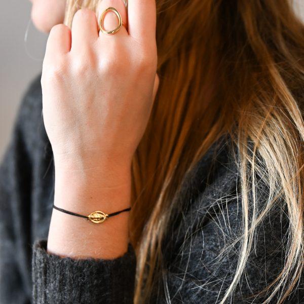 Bracelet madone noir or