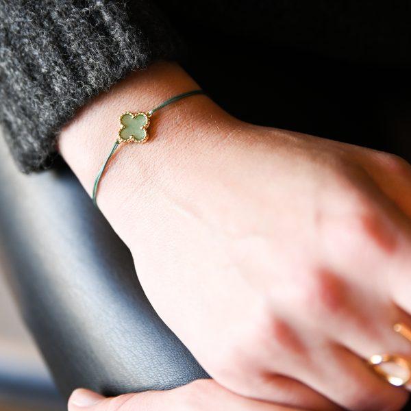 Bracelet cordon mini trèfle aventurine doré