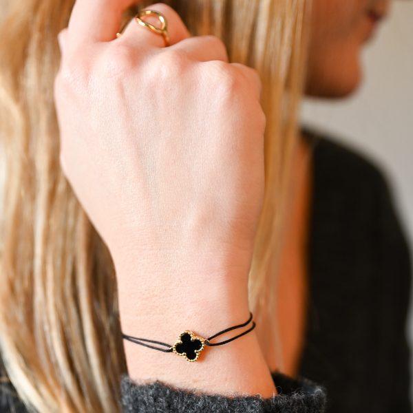 Bracelet cordon trèfle noir or